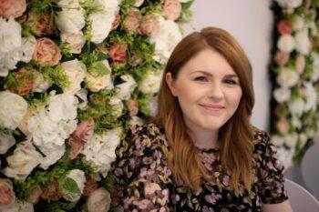 Photo of Fiona Thomas smiling